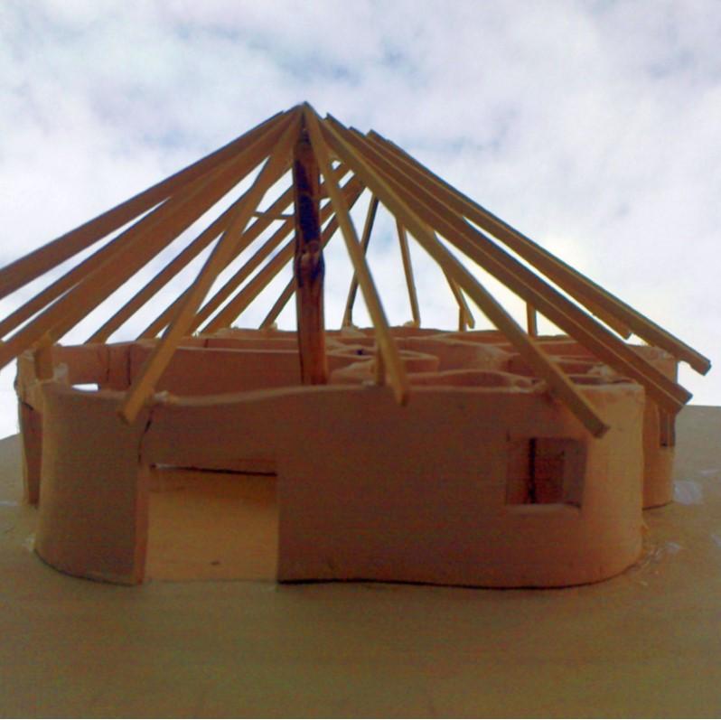Foto eines Modells des organisch geformten Schneckenhauses Einfamilienhaus von Architekt Oliver Schilling.